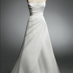 Never worn Alfred Angelo bridal dress